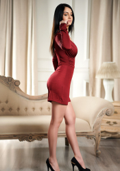 Spanish escort Marina accepts incalls in Baker street