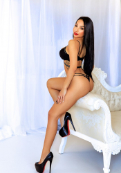 Escort  Saraby from Edgware Road